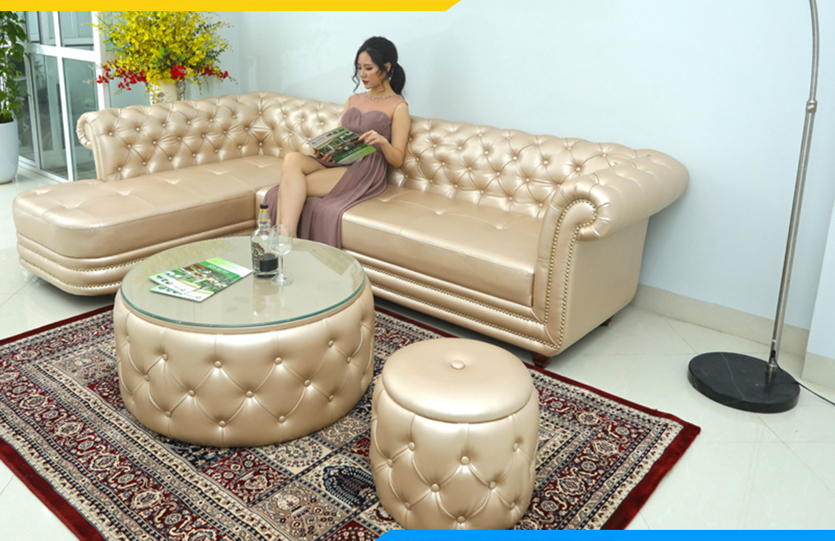 Ghế sofa góc da phong cách tân cổ điển kê tại tiệm nail, spa cho khách hàng ngồi chờ